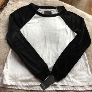 NWT (XS) Free Press Baseball Tee w/Velvet sleeves